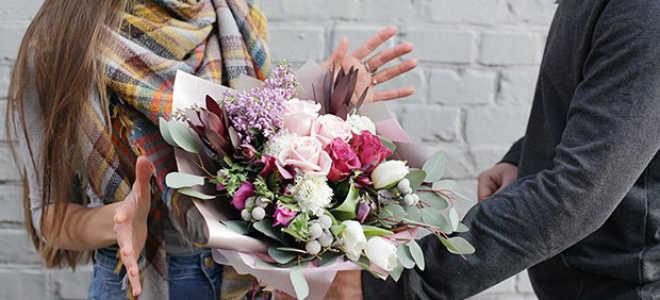 Преимущества покупки цветов онлайн или зачем нужна доставка цветов в Волжском и Волграде